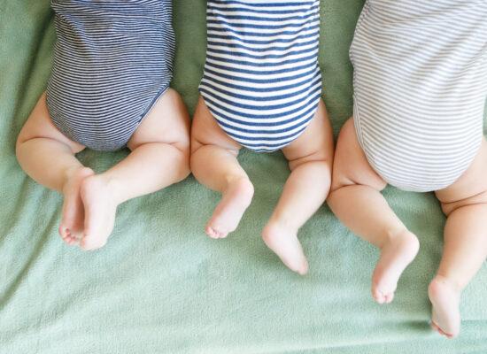 có nên sinh con thứ 3